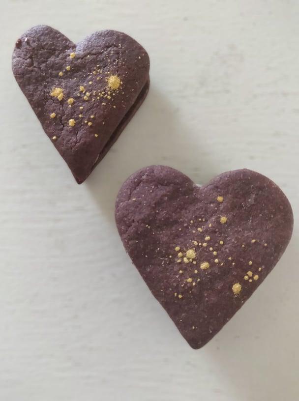 Kakao sandwich småkager med nutella-smørcreme